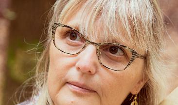 Isabelle Zettwoog - Nos émotions inconscientes révélées par le Thème Floral